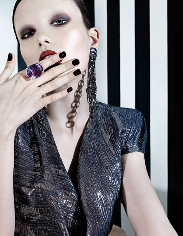 Erotica, un fashion story plin de senzualitate