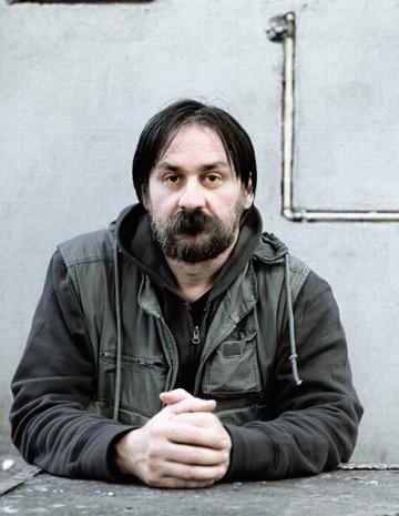 Interviu cu artistul Dan Perjovschi