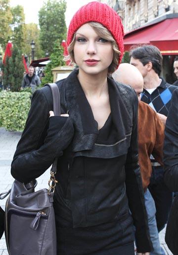 Taylor Swift si Jake Gyllenhaal impreuna?