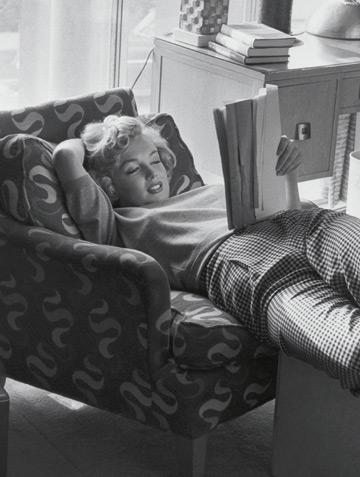 ELLE MEMORII: Marilyn Monroe, fragmente inedite