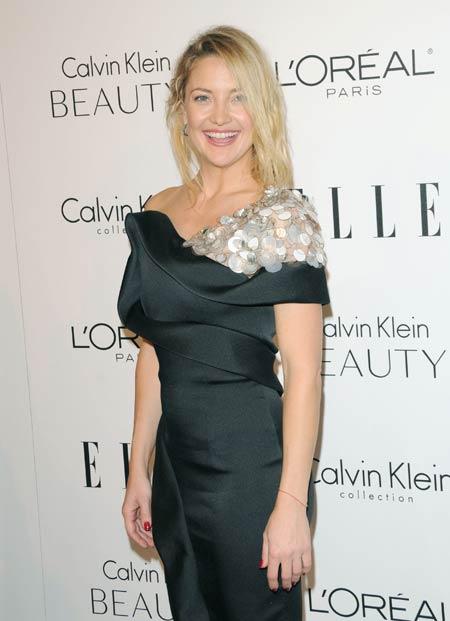 Kate Hudson se gandeste la operatii estetice