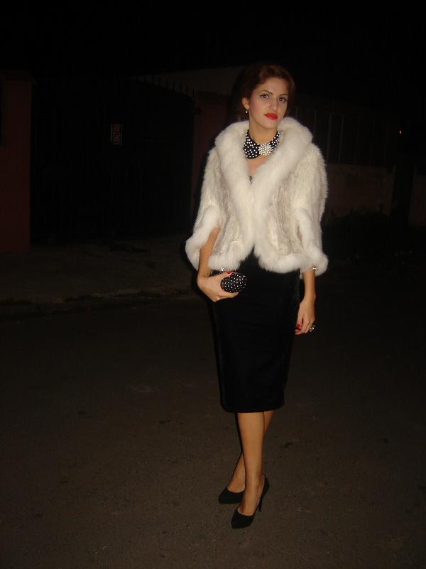 Eleganta, in alb si negru