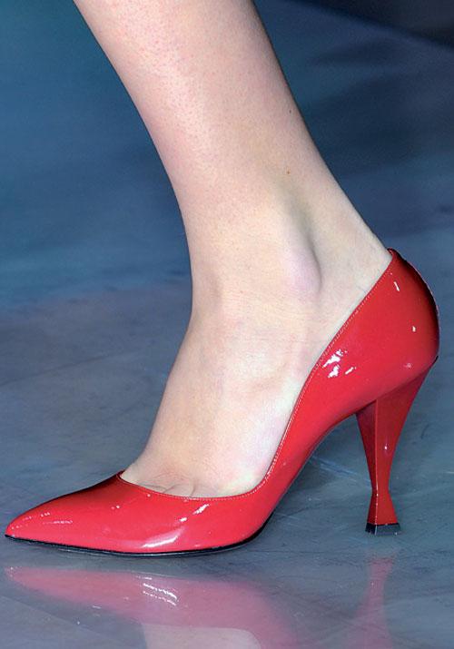 Pantofii colorati – Ghid de buna purtare