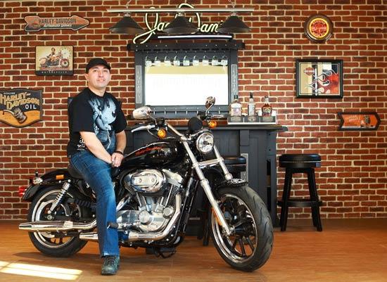 Jack Daniel's a dat primele motociclete Harley Davidson