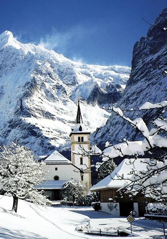 O vacanta in statiunile turistice din Alpi