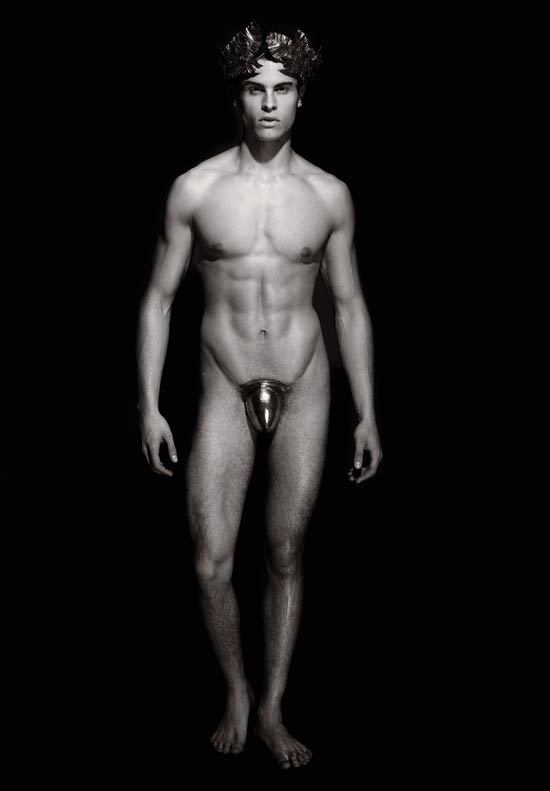CALENDARUL PIRELLI by Karl Lagerfeld