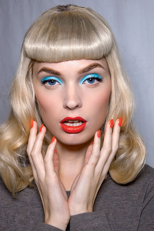 Tendinte beauty primavara-vara: Pop Art colours