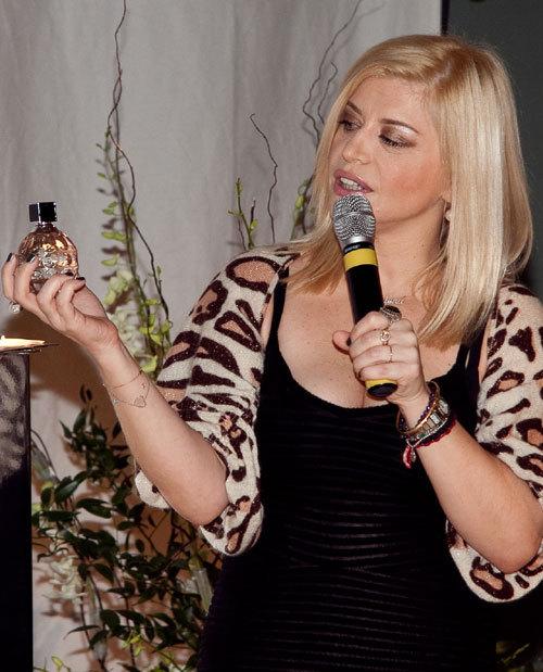 Primul parfum Jimmy Choo, lansat oficial in Romania