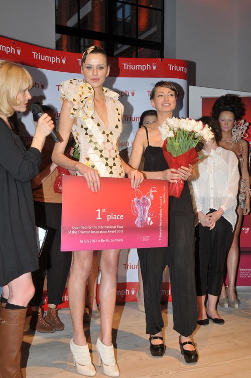Triumph Inspiration Award 2011 – 125 de ani de celebrare a feminitatii