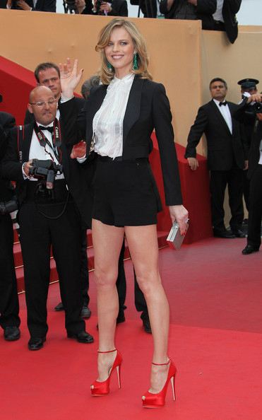 Cannes Fashion: Tinutele vedetelor la Festivalul de film de la Cannes 2011