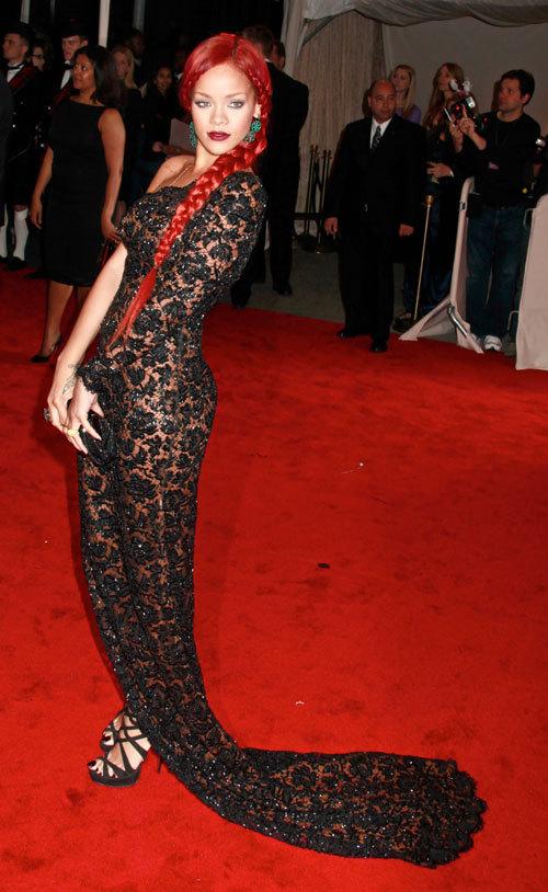 Oscarul modei: Vedetele la Costume Institute Gala 2011 (galerie foto)