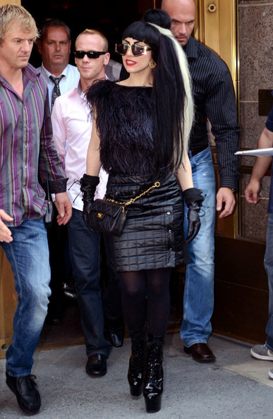 Lady Gaga, intr-o tinuta Viktor&Rolf