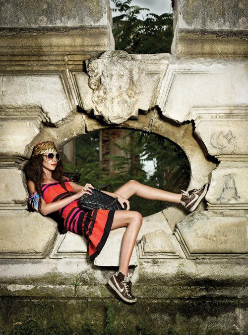 Editorial Fashion: LILI MARLENE