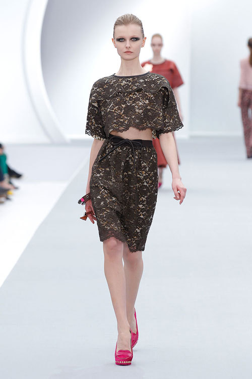 Tendinte moda toamna iarna: Dantela