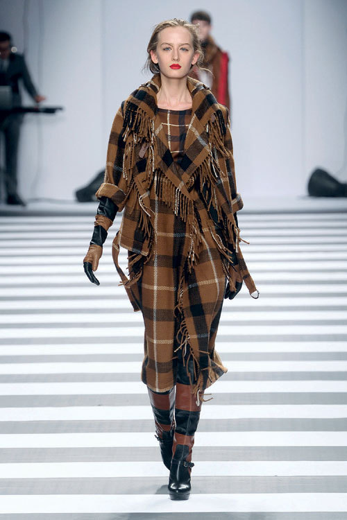 Tendinte moda toamna iarna: stilul britanic