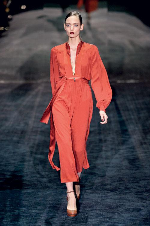 Tendinte moda toamna iarna: Rosu