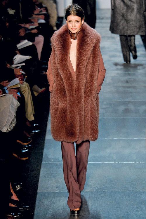 Tendinte moda toamna iarna: culorile pamantului