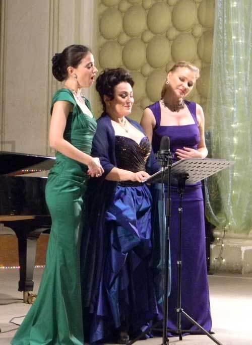 """Concert eveniment """"Cele trei dive"""" la Sala Radio din Bucuresti."""