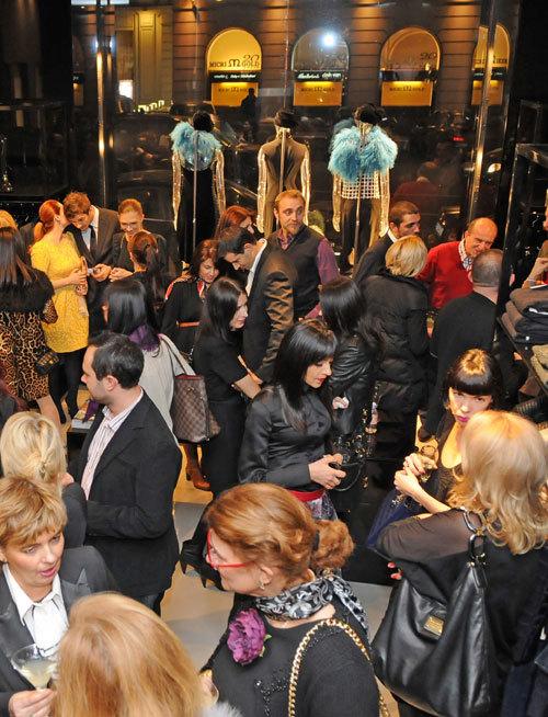 Emporio Armani  a sarbatorit 1 an de la deschiderea magazinului in Bucuresti