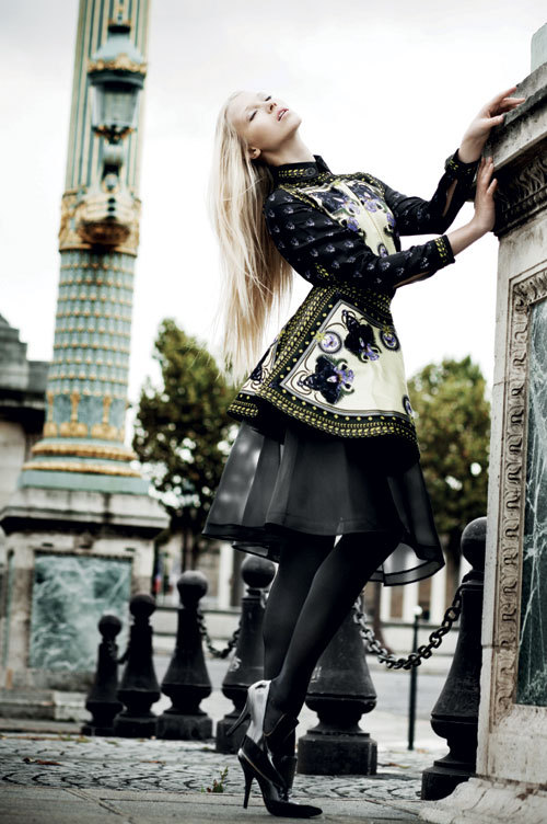 Editorial fashion: A different love story in Paris