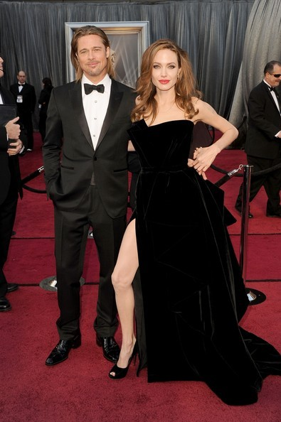 Vedete pe covorul rosu la Premiile Oscar 2012 – galerie foto