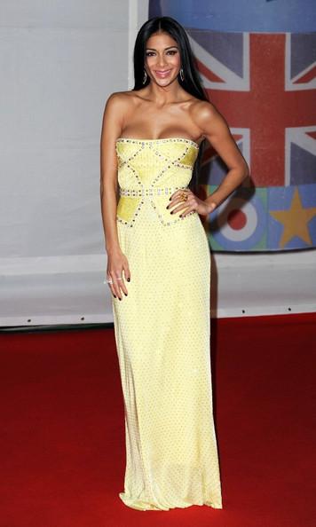 Vedete la The BRIT Awards 2012