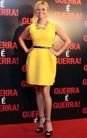 Rooney Mara sau Reese Witherspoon? Cine poarta mai bine rochia Louis Vuitton?