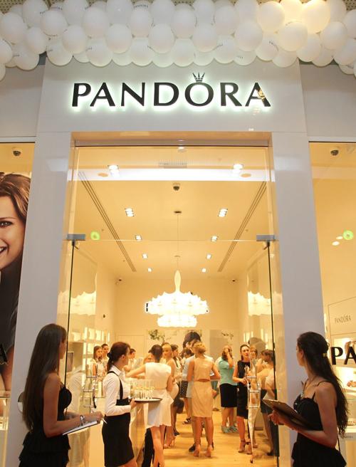 PANDORA a inaugurat al doilea magazin, in Constanta