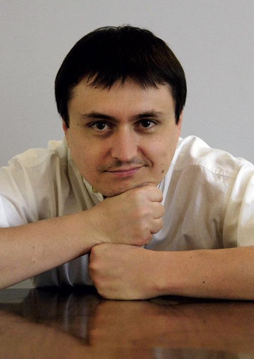 ELLE INTERVIU: Cristian Mungiu – Demonii de dupa dealuri
