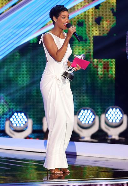 Castigatorii premiilor MTV VMA 2012