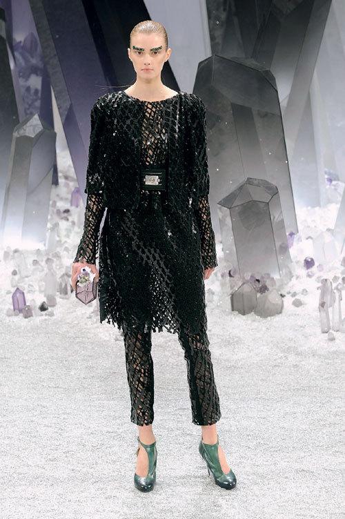Tendinte moda toamna 2012: Suprapuneri sofisticate