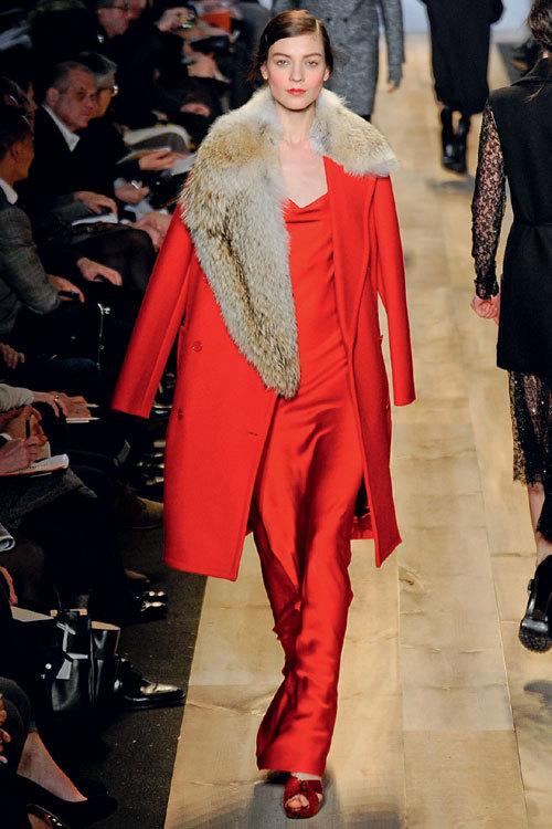 Tendinte fashion toamna iarna: detalii XXL
