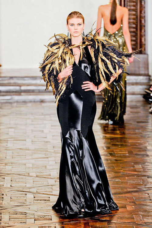 Fashion trend: Satin seducator