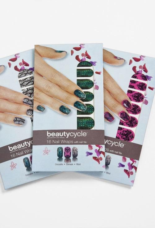 Aplicatii pentru unghii, beautycycle
