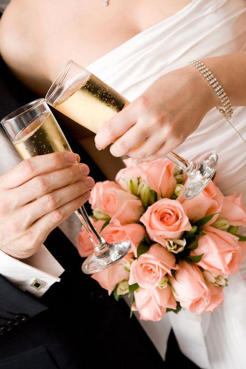 """Operatiunea """"Petrecerea de nunta perfecta"""""""