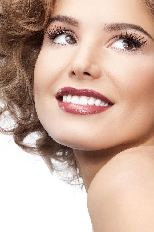 Fatetele dentare sau reteta zambetului de portelan
