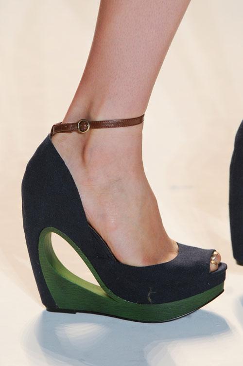 Туфли на платформе и каблуке, фото