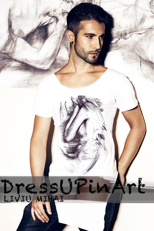 Dress UP in Art!