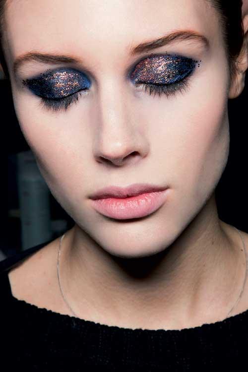Tendinte machiaj toamna iarna: Glossy eyes