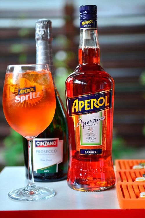 Concurs: castiga 2 seturi premium Aperol!