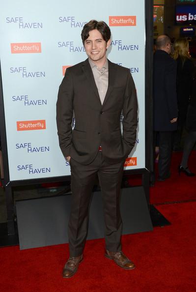 "Jackson Rathbone, actorul din seria ""Twilight"", s-a casatorit"