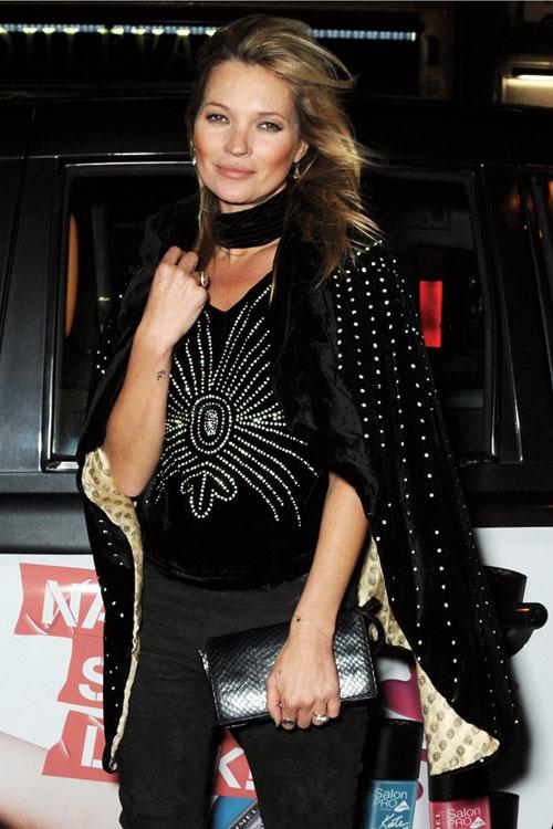 Kate Moss, un look seducator