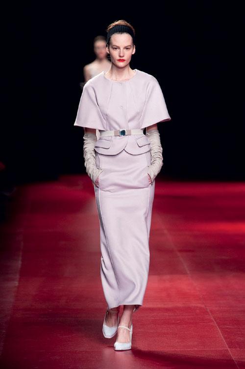 Tendinte moda toamna iarna: Roz pudrat