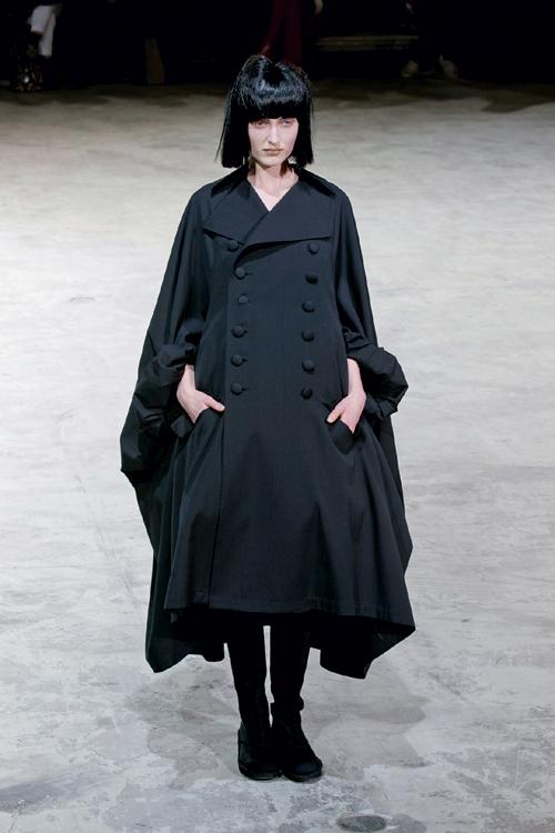 Tendinte moda toamna iarna: grunge goth