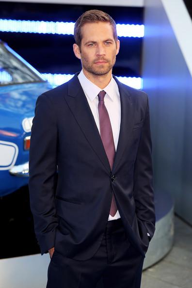"Doliu la Hollywood: Paul Walker, vedeta din seria ""The Fast and The Furious"", a murit intr-un accident de masina"