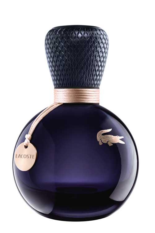 Concurs: Castiga doua parfumuri EAU DE LACOSTE SENSUELLE, Lacoste (50 ml)!