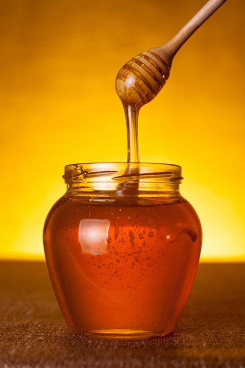 10 motive pentru care trebuie sa iubesti mierea