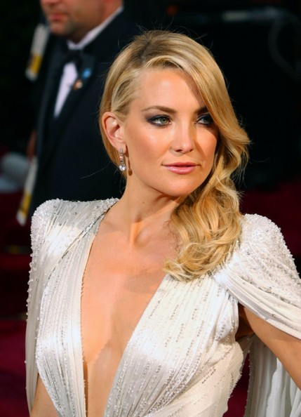 PREMIILE OSCAR 2014: BEST & WORST BEAUTY LOOKS