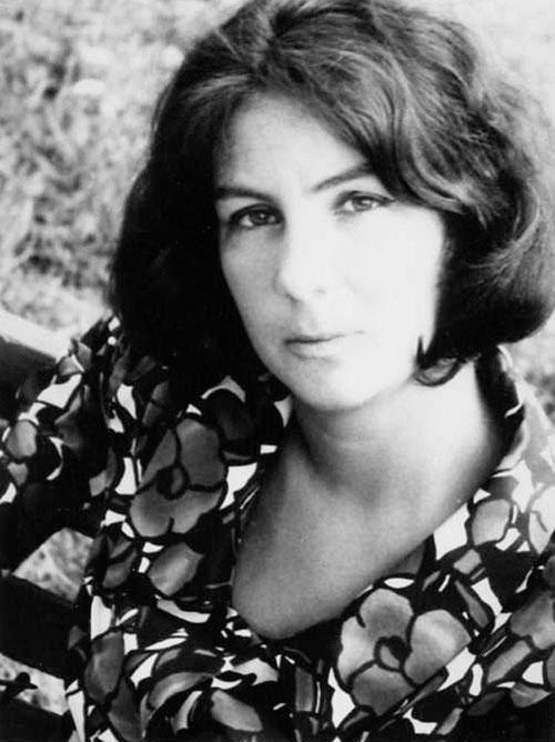 Scriitoarea Oana Orlea, o Cantacuzino in Picardia - Elle.ro