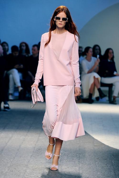 Designerii si pasiunea pentru roz